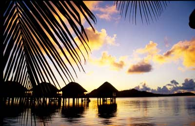 23-7-A-Overwater-bungalows,-French-Polynesia--edited-for-EHnet